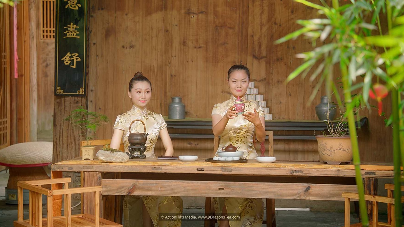 featured image chinese tea rituals gong fu cha ceremony girls presenting tea