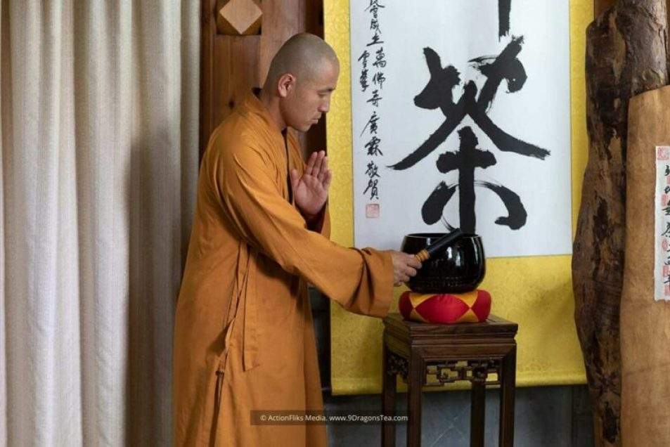 featured image chinese tea rituals zen tea ceremony buddhist monk striking gong