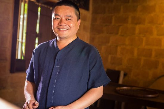 traditional chinese tea making wuyi oolong tea master young huang